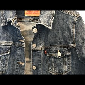 Levi's Women's Jean/Denim Jacket Sz XL.